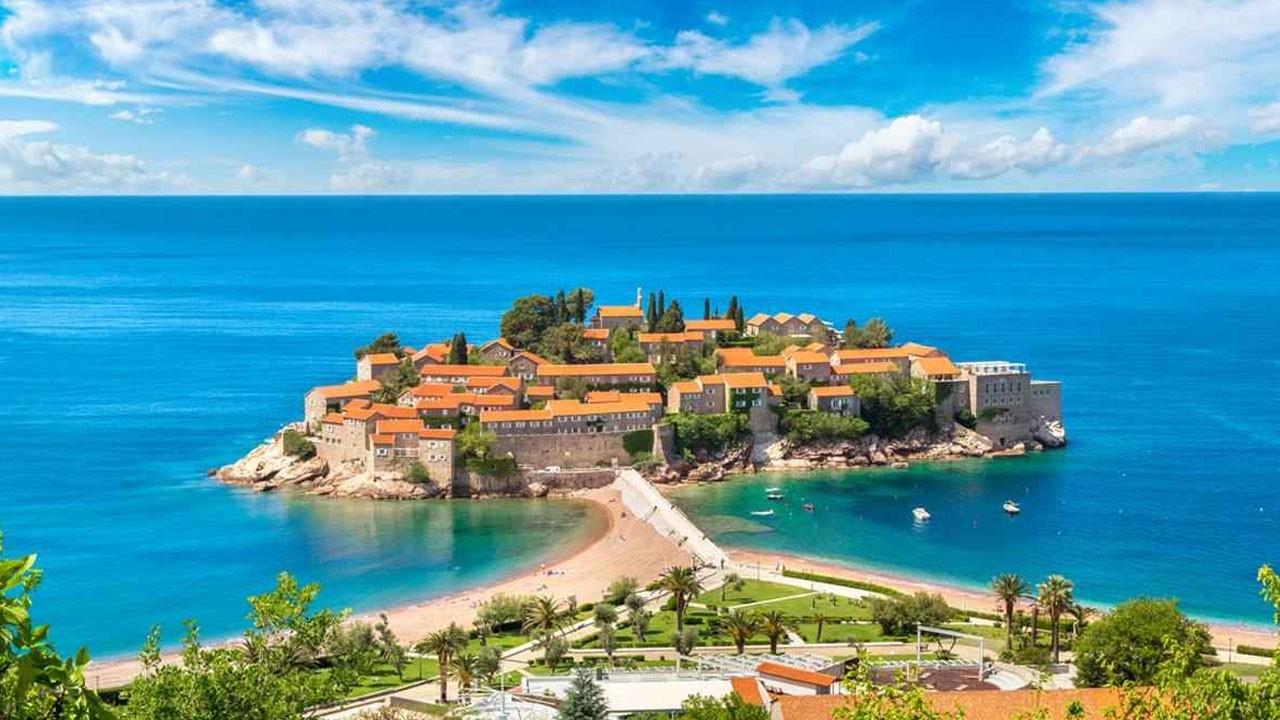 Explora a Montenegro