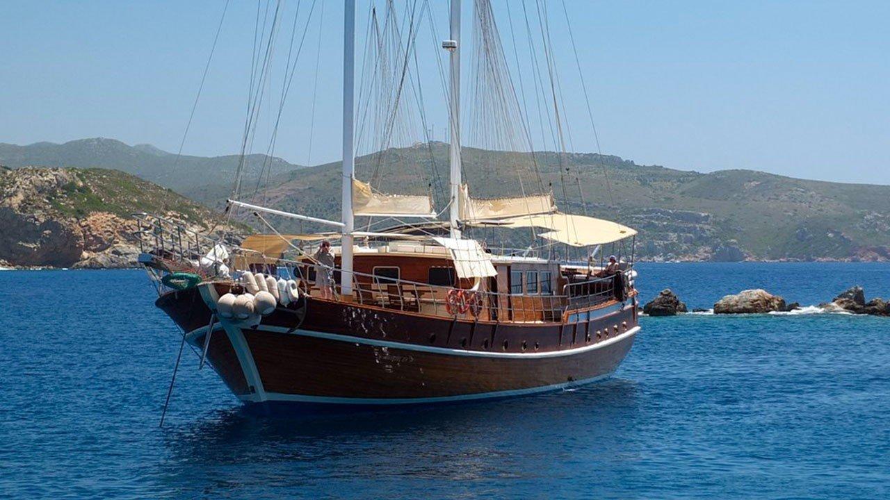 Goleta Athena