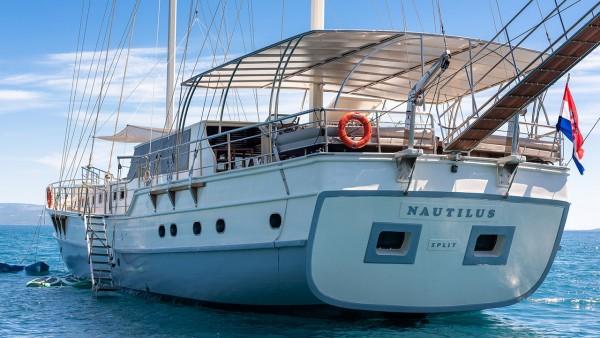 Goleta Nautilus
