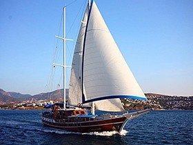 Blue Cruise Goleta Yate