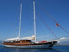 Holiday 10 Goleta