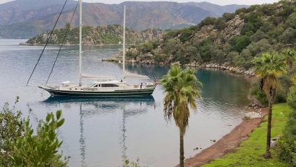 Sailing Nour Goleta