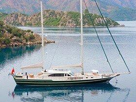 Sailing Nour Goleta Yate